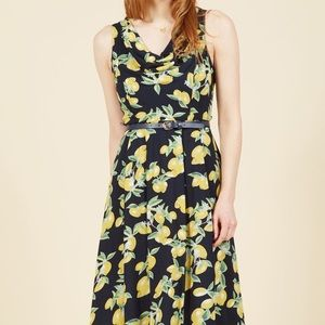 duly delighted dress in lemons